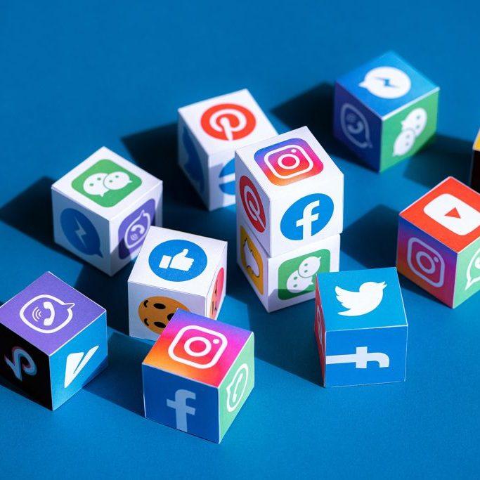 Insights_SocialMediaHeader